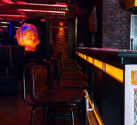 PK TUNN RESTOBAR,LUDHIANA: industrial Dining room by Ingenious
