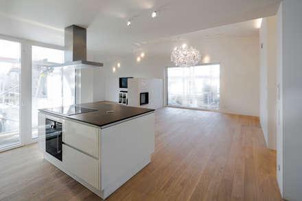 Küche / Essen: moderne Küche von gerken.architekten+ingenieure