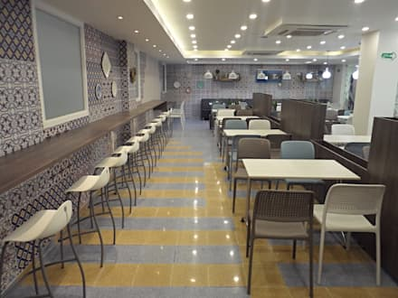 Imagen Interior: Clínicas de estilo  por AV arquitectos