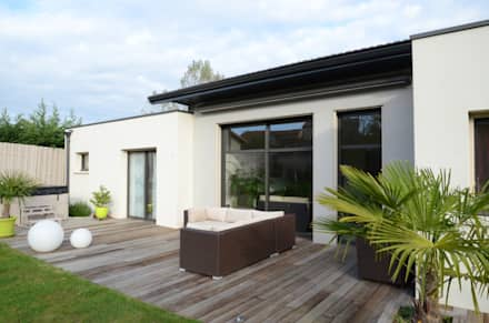 Façade extérieure coté terrasse: Maisons de style de style Moderne par Pierre Bernard Création