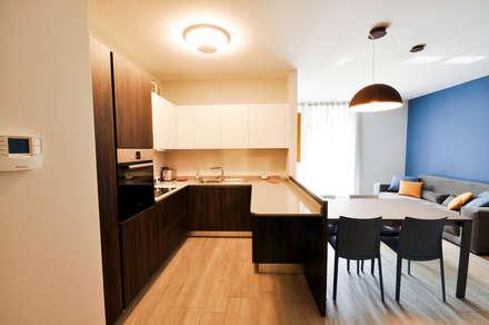 MCArc Interior Design Casa FR: Cucina in stile in stile Moderno di MCArc Laboratorio di architettura sostenibile