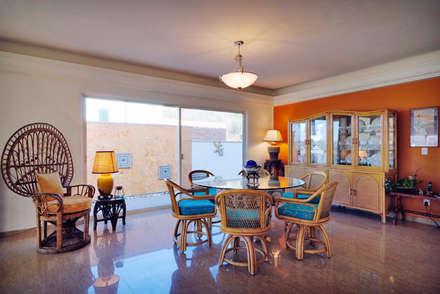 colonial Dining room by Excelencia en Diseño