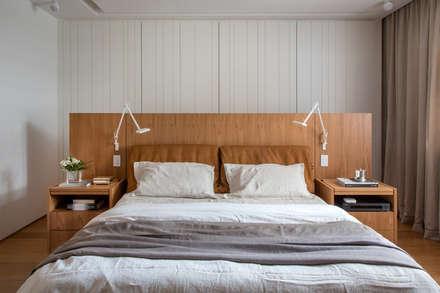 Apartamento Fênix: Quartos  por Gisele Taranto Arquitetura