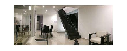 Casa Vasquez: Livings de estilo moderno por Herman Araya Arquitecto y constructor