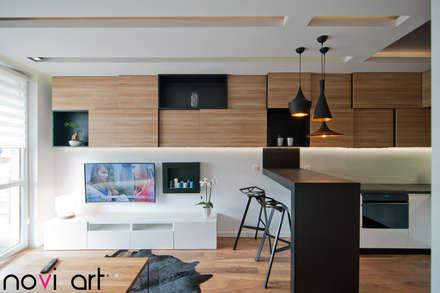 رہنے کا کمرہ  by Novi art