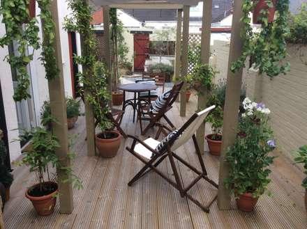 Cottage Garden Transformation: mediterranean Garden by Elephant Interior Exterior Design