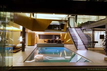 Concrete House : modern Pool by Nico Van Der Meulen Architects