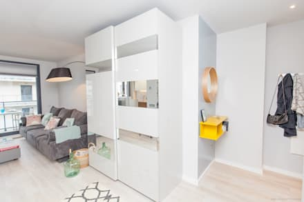Closets de estilo minimalista por Pia Estudi