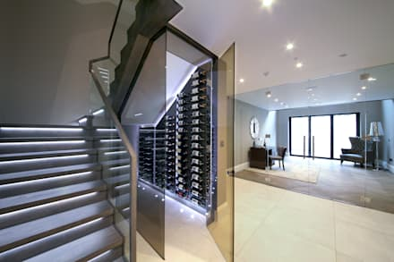 ​A complex project, in which #RailingLondon worked on a staircase, internal doors, interior and exterior balustrades and a Juliet balcony.: modern Wine cellar by Railing London Ltd