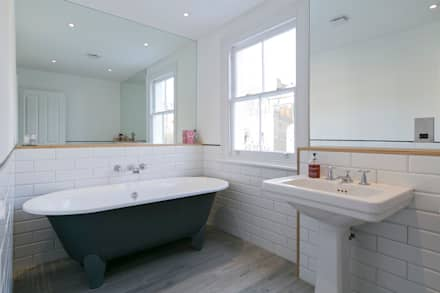 Hammersmith House: modern Bathroom by Blankstone