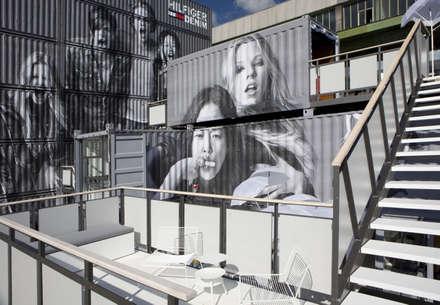 Hilfiger denim fashion fair booth:  Exhibition centres by TWOTIMESTWENTYFEET