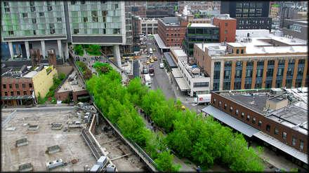 High Line - Varios Autores: Piscinas de estilo  por Gabriela Ulloa W.