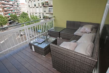 Terrace by Grupo Inventia