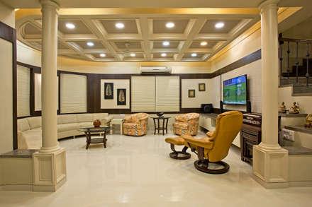 Rudraksha Bunglows: colonial Living room by U & I Interiors Pvt. Ltd.