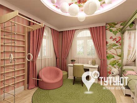 tropical Nursery/kid's room by Interior Design Studio Tut Yut