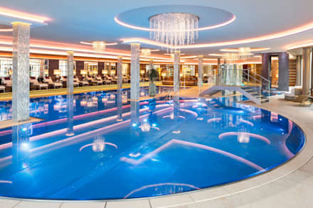Wellnesshotel Jagdhof, Germany, Röhrnbach: modern Pool by London Swimming Pool Company