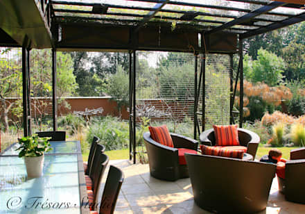 House Jones: eclectic Garden by Environment Response Architecture