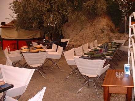 Clube Casa do Castelo 1998: Bares e clubes  por Atelier  Ana Leonor Rocha