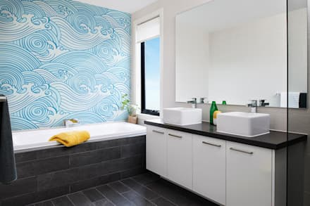 Waves: modern Bathroom by Pixers