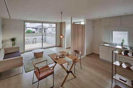 CLAIR KORAKUEN: toki Architect design officeが手掛けたダイニングです。