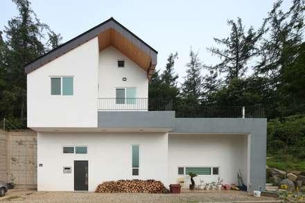 도곡리 주택: 풍경하임의  주택