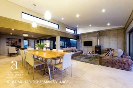 House Meuller: modern Dining room by Coetzee Alberts Architects