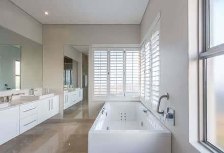 Simple Yet Beautiful Home In Brettenwood: Minimalistic Bathroom By CA  Architects
