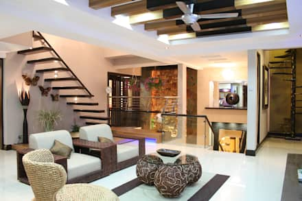 Tropical Retreat | SEMI-DETACHED: tropical Living room by Design Spirits