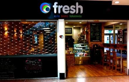 Fresh cafe bistro, Greenock:  Walls by Richard Robb Architects