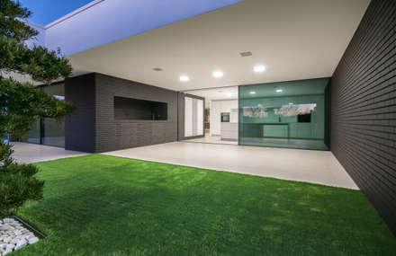Habitação PM: Terraços  por ARTEQUITECTOS