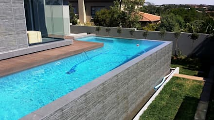 The Wilds Estate: modern Pool by Gorgeous Gardens