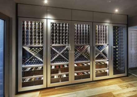 Custom Contemporary Wine Cellar:: modern Wine cellar by Vinomagna - Bespoke Wine cellars
