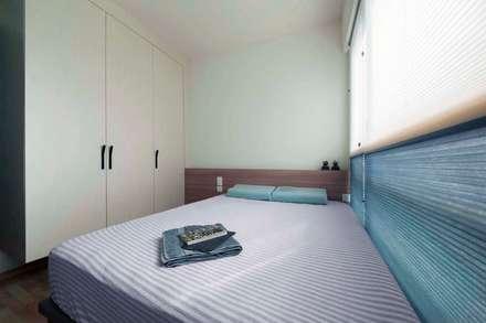 RIPPLE BAY: scandinavian Bedroom by Eightytwo Pte Ltd