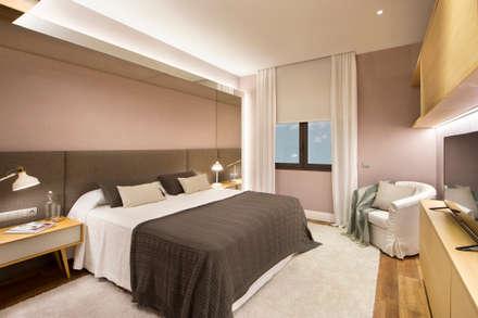 mediterranean Bedroom by Egue y Seta