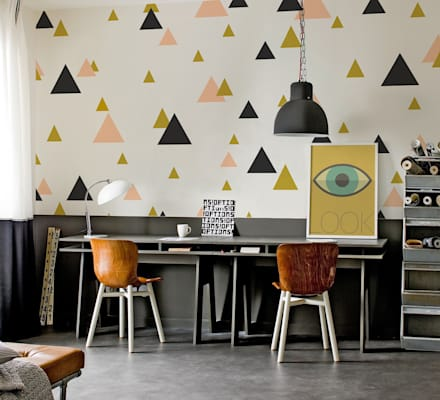 Triangles: eclectic Study/office by Pixers