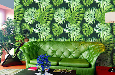Tropical Leaves: colonial Living room by Pixers