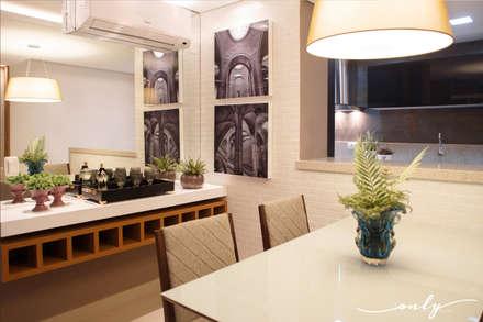 Apartamento N | H: Salas de jantar modernas por Only Design de Interiores
