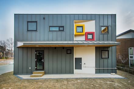 asian Garage/shed by KDDH Architects