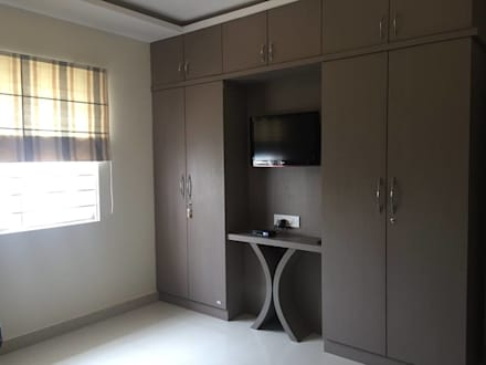 Residential 3bhk, Madhapur: modern Bedroom by DeTekton