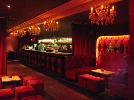 Bar Rouge - Barra y zona VIP: Bares y Clubs de estilo  por 1en1arquitectos