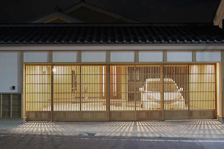modern Garage/shed by 真島瞬一級建築士事務所