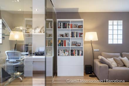 Vivienda en Cesalpina: Estudios y despachos de estilo moderno de Gramil Interiorismo II