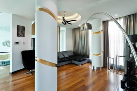 Contemporarily Dashing   BUNGALOW: modern Living room by Design Spirits