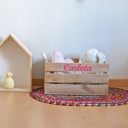 Decoración - Cajas: Dormitorios infantiles de estilo rústico de HAPPY HOME BARCELONA