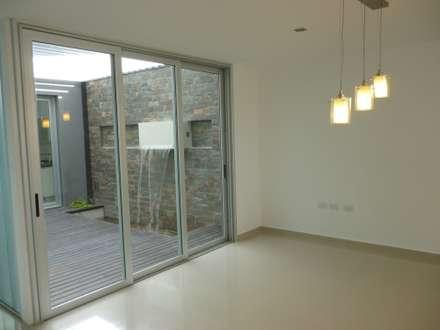 جدران و أرضيات تنفيذ VHA Arquitectura