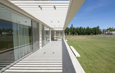 modern Conservatory by DMS Arquitectura