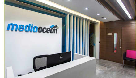 Mediaocean software: classic Study/office by Project Concepts