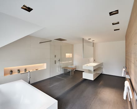 Luxusbad, Haus K: moderne Badezimmer von Philip Kistner Fotografie