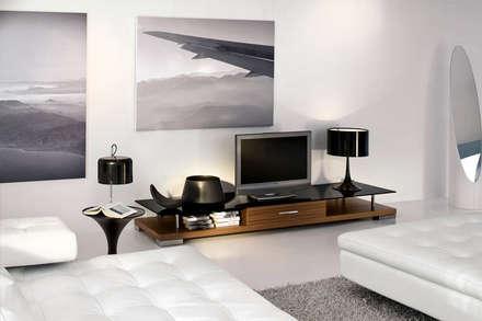 House Interiors: asian Media room by Innovate Interiors & Fabricators