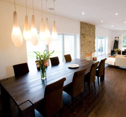 Sala de Jantar: Salas de estar clássicas por Architect Your Home